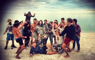 2-the-magic-bus-traveller-backpackers-at-shell-beach-western-australia